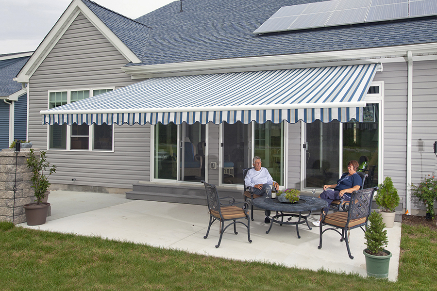 About Retractable Screens and Awnings | Retractable ...